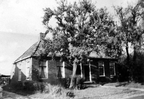 Het huis van Jakob en Ida aan de Wierhuisterweg in Pieterburen (foto van Evert de Vries)