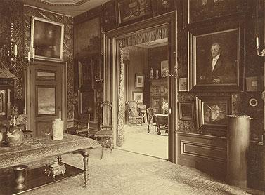 Interieur van het woonhuis van Hendrik en Stientje. Samen verzamelden zij een omvangrijke collectie schilderijen, tekeningen en Japanse kunst. (afbeelding van de Mesdag Collectie)