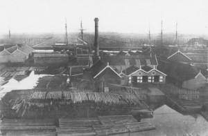 Terrein houthandel D. van Houten aan het Buiten Damsterdiep, Groningen (1900-1910)