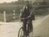 renne-rus-op-de-fiets-in-westernieland